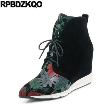 Women Floral Print Suede Sheepskin Hidden Wedge Brand Front Lace Up Casual Ankle Boots Autumn High Heel Shoes Pointed Toe Flower