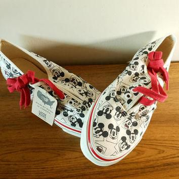 New Old Stock Mickey Mouse Vans, Vintage Disney Vans, Disney Skater Shoes, Women's Si