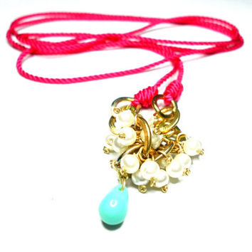 Long hot neon pink gold charm necklace faux pearls by zurdokero