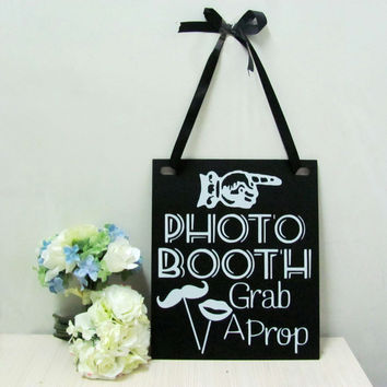 1pcs Photo Booth Wedding Engagement Hanging Sign Props Black & White Retro 30 x 25 cm / 11.81 x 9.84 inch