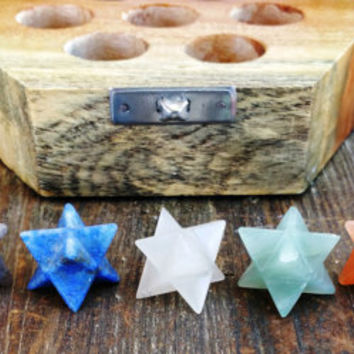 Beautiful 7 Chakra Merkaba Star crystal set in wooden crystal box ~ SZE3