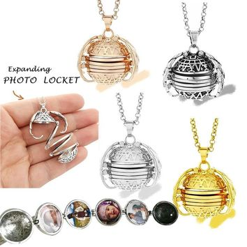 Expanding Photo Locket Necklace Pendant