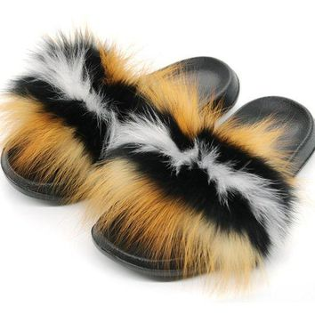 ONETOW Amina Love Fox Fur Slides