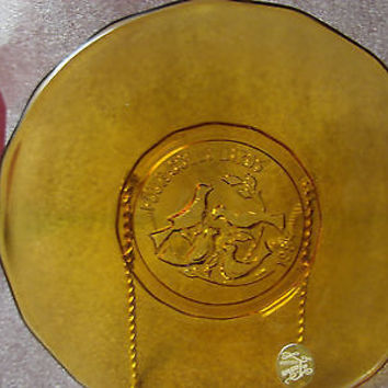 Indiana Glass Tiara Glass Amber  1984  12 days Christmas 4 colly birds Plate