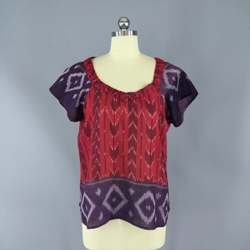 Indian Cotton T-Shirt Blouse / Vintage Indian Sari / India Cotton Gauze Blouse / Red Purple Ikat / Size M Medium