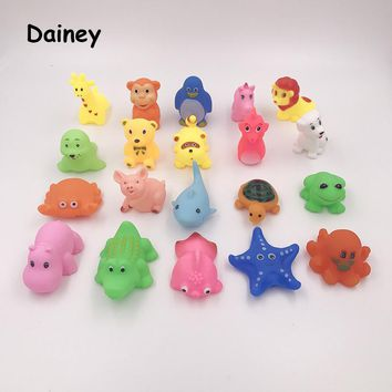 10PCS/lot Bath Toys in the Bathroom Baby Toy for Children Water Spray Animal Soft Rubber Toys Bear Frog for Boys Girls MYT02