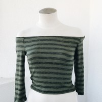 ALY OFF SHOULDER TOP - OLIVE