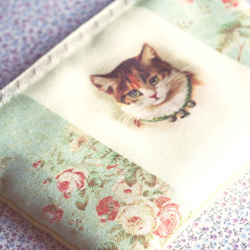 Vintage inspired cat illustration purse. Cat wallet. Kitty cosmetic bag