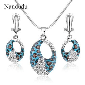 Nandudu Leopard Print Pendant Necklace Earrings Jewelry Set Gold Plated New Arrival Fashion Sexy Jewelry Gift CN128