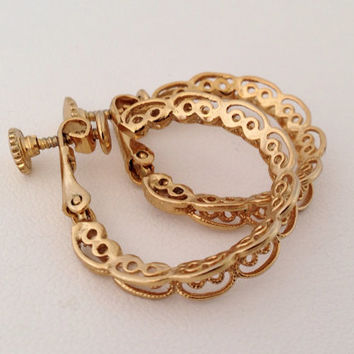 Napier Filigree Hoop Gold Clip On Earrings - Signed Vintage Costume Jewelry - pierced cutout - bridal - clipon clips - openwork adjustable