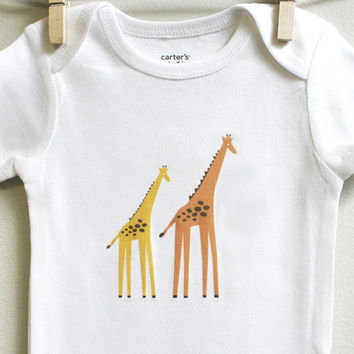 Giraffes baby bodysuit for all babies size 3 months - 12 months