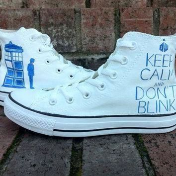 DCCKG6WU Doctor Who Converse