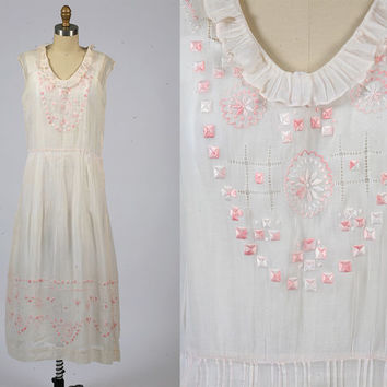 1930s dress/ 30s bohemian embroidered dress/ medium