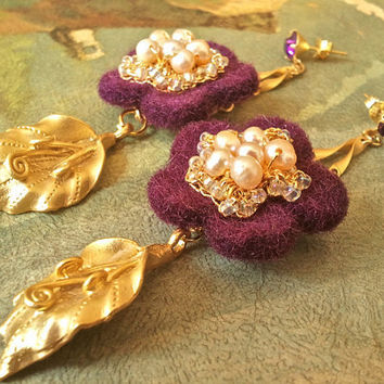 Crochet Gold Lace Earrings Purple Pearl EleganceSultana by sukran