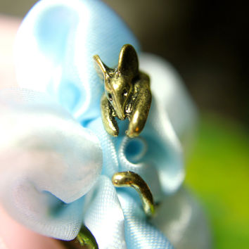 Timid Mouse Ring