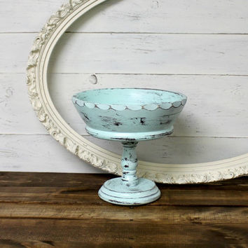 Shabby chic mint pedestal bowl - vintage fruit bowl - farmhouse bowl - farmhouse antiques - shabby kitchen - mint - wood pedestal bowl