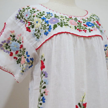 Mexican Embroidered Blouse Split Sleeve In White