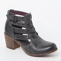 Roxy Lena Cutout Ankle Boots at PacSun.com