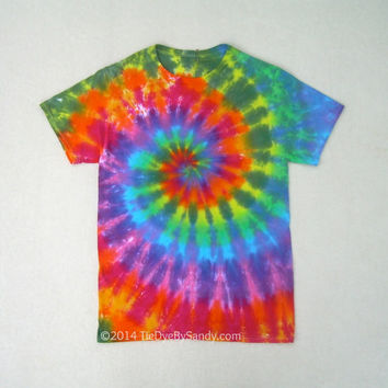 Small Contrast Rainbow Spiral Tie Dye Shirt