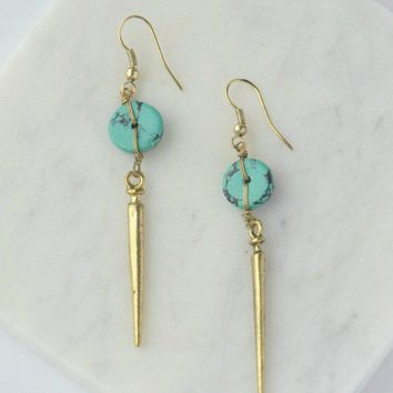 Fair Anita Pointed Charm Earrings
