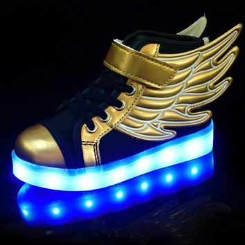 Children Luminous Sneakers with Wings LED Sport Shoes Boys Black Glowing Shoes Fashion Kids Led Light Shoes Spring Autumn