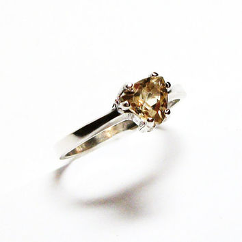 """Labradorite ring, golden ring, trillion ring, triangle, solitaire ring, cream gold, s 6 1/2 """"Starry Starry"""""""
