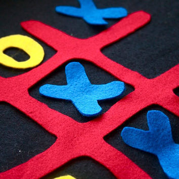 Tic Tac Toe Felt Board Kids Travel Quiet Game by CakeInTheMorn