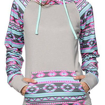 Gray Hooded Long Sleeves Geometric Print Hoodie