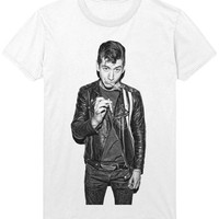 Alex Turner T-Shirt - Smoking Cigarette - Arctic Monkeys Indie Rock Music Shirt Sweatshirt - Mens / Womens
