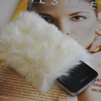 SALE Furry iPhone Sleeve Case Pouch For iPhone 5 5s 4 4s White Faux Fur Kawaii