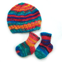 Thin wool rainbow hat and socks, choose your size, newborn or 2-6 month old babies, perfect for twins