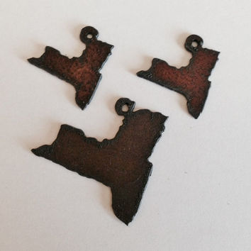 NEW YORK pendant charm cut out set made of Rustic Rusty Rusted Recycled Metal