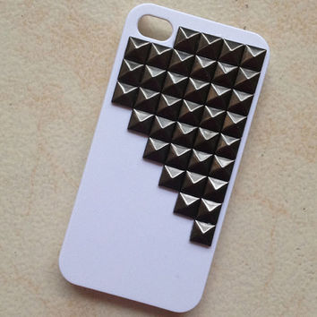Black  pyramid stud White iPhone 4/4S case by hgforeverstar