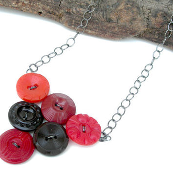 Vintage Button Necklace, Red and Brown Necklace, Fall Necklace, Button Jewelry, Autumn Necklace, Antique Button Necklace, Cute Necklace