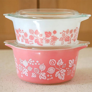 Pink Pyrex Covered Casseroles, Pink Gooseberry Design, Set of Two Casseroles with Lids, 1950s Pink Pyrex Set