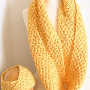 Hand knit infinity cowl/headband set in Mimosa