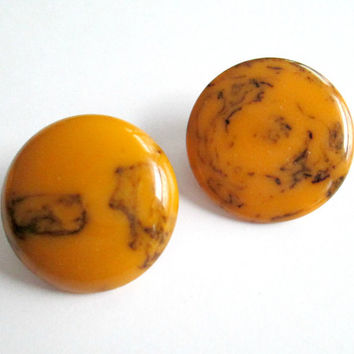 Bakelite Statement Button Earrings / Marbed Butterscotch Clip On