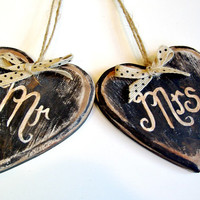 Mr and Mrs Wedding Signs / Wedding Signs / Bride and Groom Signs / Rustic Wedding