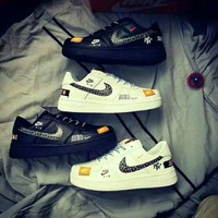 """""""Nike Air Force 1"""" Men Casual Fashion Personality Graffiti Letter Plate Shoes Sneakers"""
