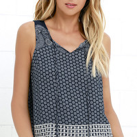 Seasoned Traveler Navy Blue Print Sleeveless Top