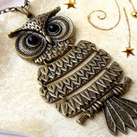 Cyber Monday sale, Black Friday sale Vintage long  huge antique  style OWL Bronze  affordable pendant  necklace