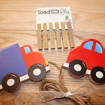 Kid's Artwork Display Clips Transportation Art Wall Organizer Clothing Pegs AC0060