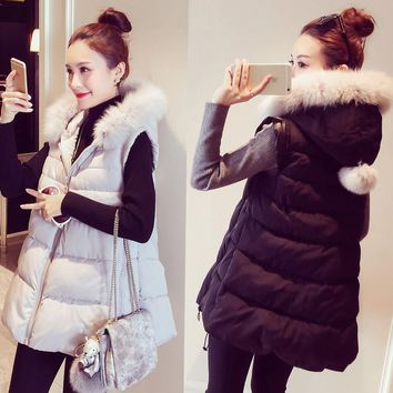 2017 New women autumn and winter fashion vest Large size Keep warm Fake fox fur hooded coat Waistcoat Vest with Fur collar 5xl