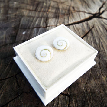 Earrings Studs Shiva Shell Silver Seashell Handmade Sterling 925 Jewelry Beach Summer