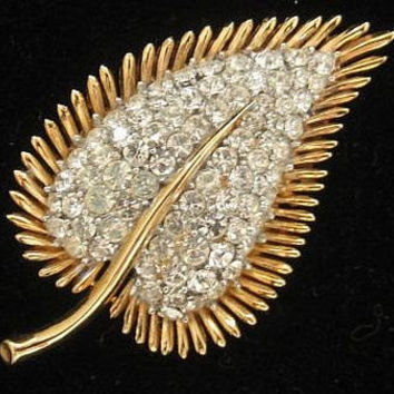 "Rhinestone Brooch Pin Signed Crown Trifari Leaf Design Gold Metal Vintage Mid Century 2 1/2"" VG"