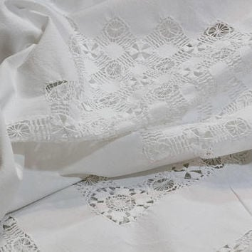 White Linen Tablecloth, Drawn Work Lace Tablecloth, Round to Oval, Cottage Style, French Country, Vintage Antique Linens