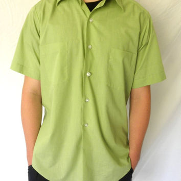SWANKY 1960s Vintage Green Button Down Short Sleeved Shirt // SEARS Size Large Perma Prest