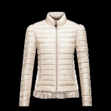 ONETOW Moncler Nesea Quilted Puffer Coat Trim