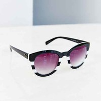 Quay No Photos Sunglasses- Black One