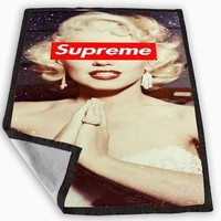 marilyn monroe supreme Blanket for Kids Blanket, Fleece Blanket Cute and Awesome Blank